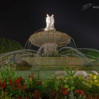 Fontaine la Rotonde d'Aix la nuit