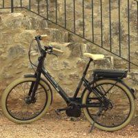 Vélo électrique de Bee's avec Secrets d'ici